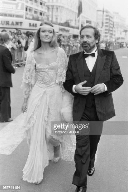 Mimi Coutelier et Jean Yanne arrivent à la soirée de cloture du Festival de Cannes le 27 mai 1980 France