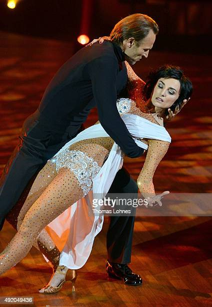 Mimi Fiedler and Bernhard Bettermann performe with a rumba dance during the fith show of the television competition 'Stepping Out' on October 9 2015...