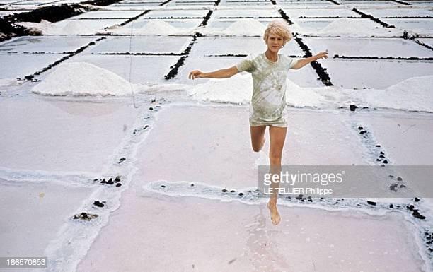 Mimsy Farmer In 'La Route De Salina' By Georges Lautner En Espagne aux Iles Canaries à Lanzarote en septembre 1969 durant le tournage de 'La route de...
