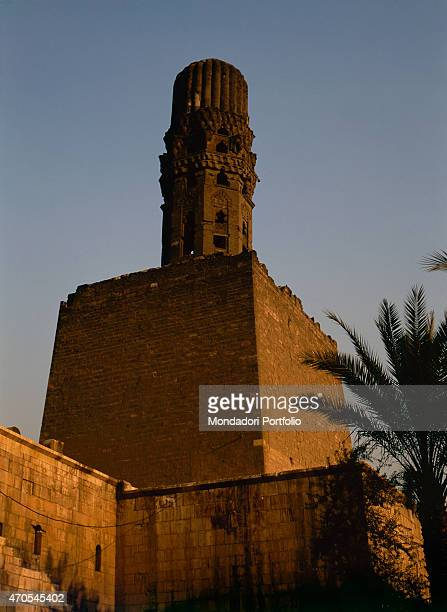 'Minaret of the AlHakim Mosque by Fatimid craftsmen 9281010 10th11th Century carved sandstone Egypt Cairo Whole artwork view The tall minaret rises...
