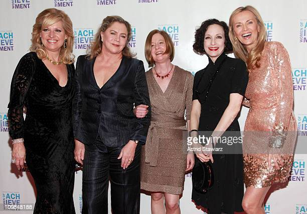 Mindy Grossman Kathleen Turner Julie Crosby Bebe Neuwirth and Bonnie Pfeifer Evans attend the 26th Annual Women's Project's Women of Achievement Gala...