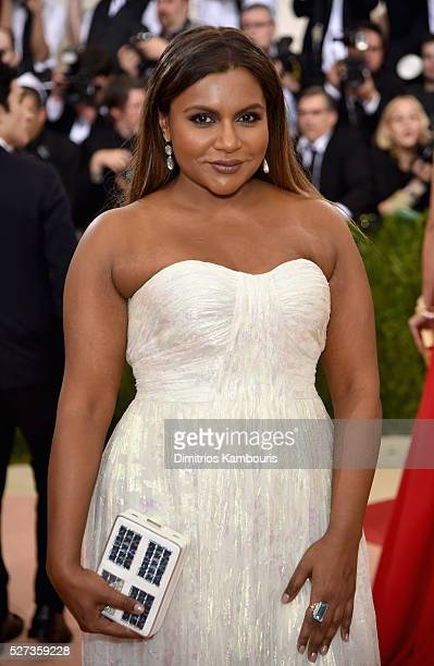 """Mindy Kaling attends the """"Manus x Machina: Fashion In An Age Of Technology"""" Costume Institute Gala at Metropolitan Museum of Art on May 2, 2016 in..."""