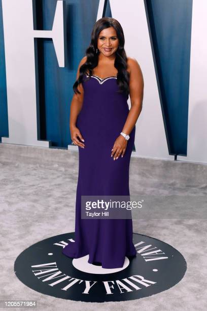 Mindy Kaling attends the Vanity Fair Oscar Party at Wallis Annenberg Center for the Performing Arts on February 09 2020 in Beverly Hills California