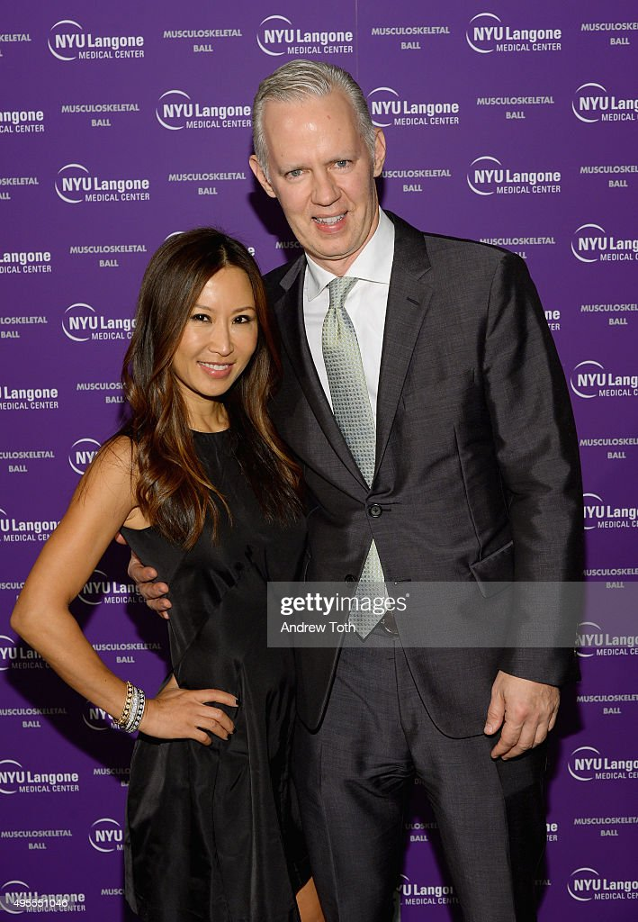 Mindy Nam Dehnert (L) and Mark Dehnert attend NYU Langone Musculoskeletal Ball 2015 on November 3, 2015 in New York City.