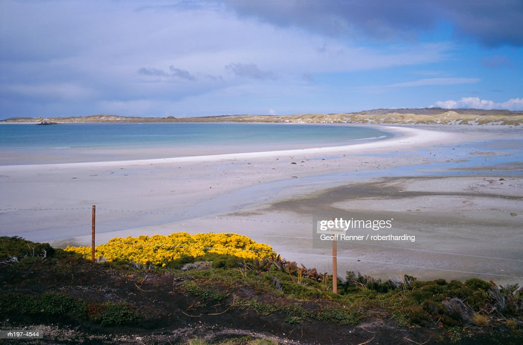 'Mined beach from the Falkland war, near Stanley, Falkland Islands, South America' : Foto de stock