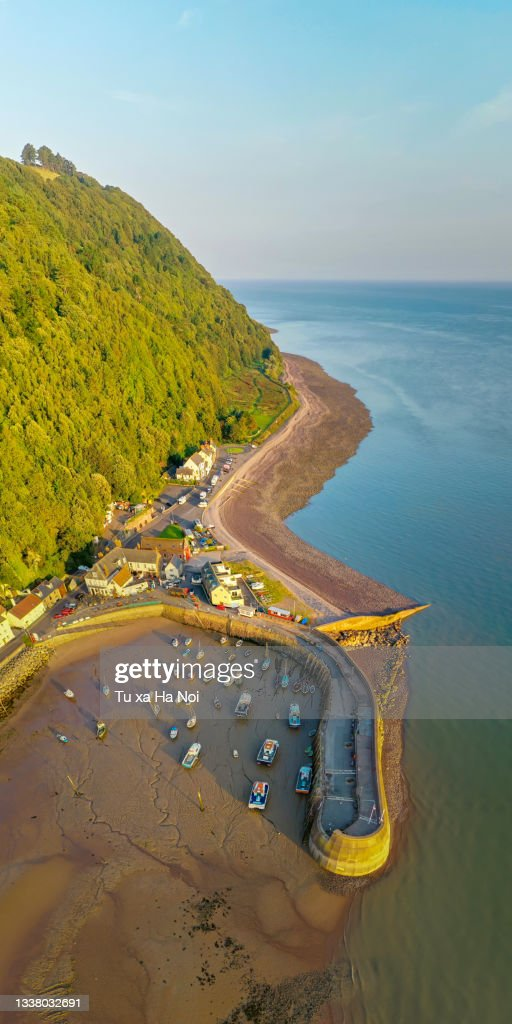 Minehead harbour in the early light : Stock Photo