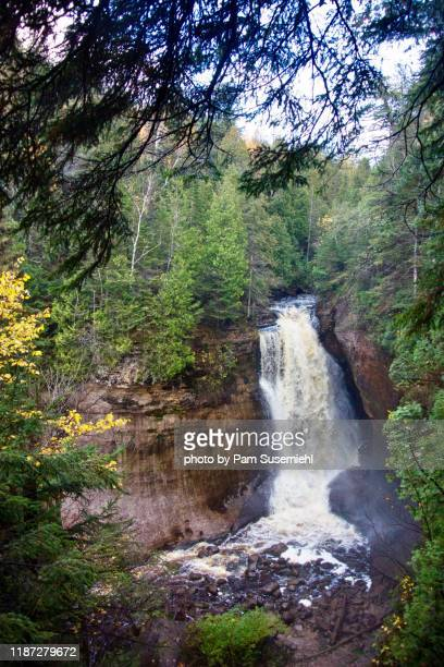 miners falls, picture rocks national lakeshore - pictured rocks national lakeshore stock pictures, royalty-free photos & images