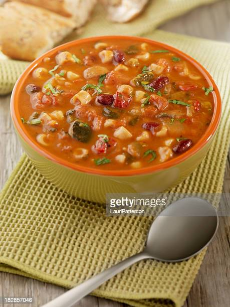 minestrone soup with crusty bread - vegetable soup stock pictures, royalty-free photos & images