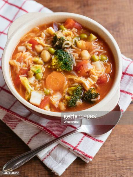 minestrone, vegetable soup - vegetable soup stock pictures, royalty-free photos & images