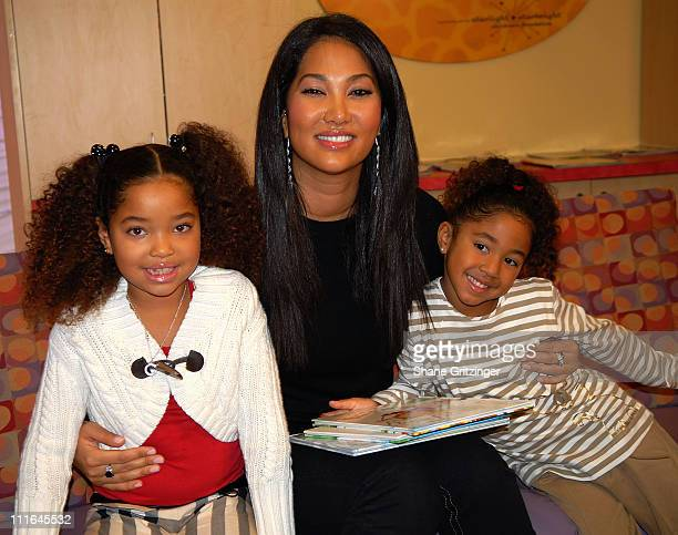 Ming Lee designer Kimora Lee Simmons and Aoki Lee visit St Vincent's pediatric unit on November 20 2007 in New York City