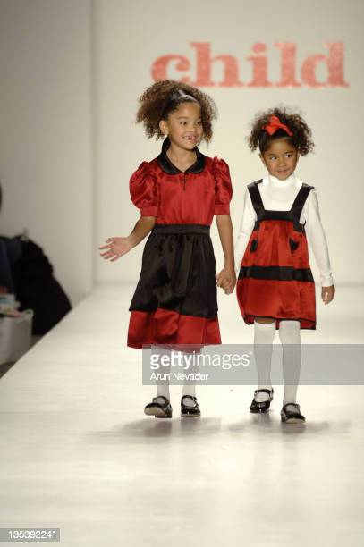 Ming Lee Simmons and Aoki Lee Simmons at Child Magazine Fall 2007