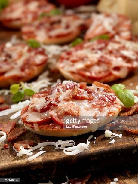Mini Bagel Pizza's