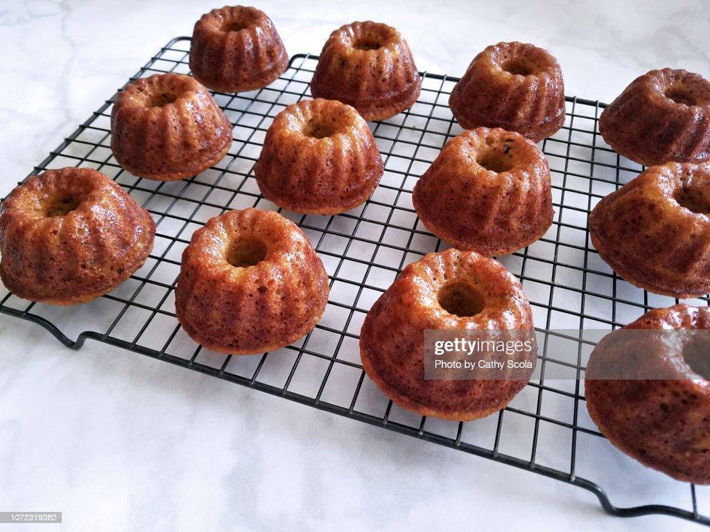 Mini bundt cakes : Stockfoto