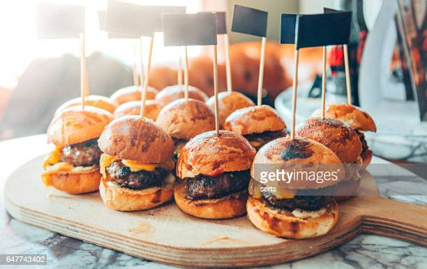mini hamburgers - cheeseburger stock pictures, royalty-free photos & images