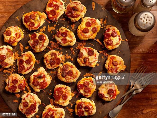 Mini caseiras pedaços de Pizza de Pepperoni