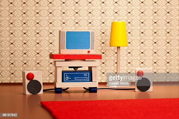 miniature wooden television and stereo speakers - dollhouse stock pictures, royalty-free photos & images