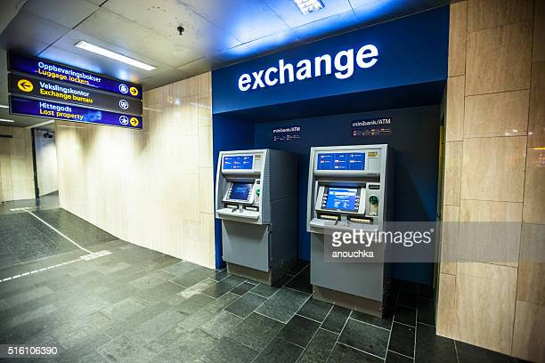 Minibank ATM and exchange at Oslo train station