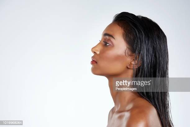 mínimo é mais - melanina - fotografias e filmes do acervo