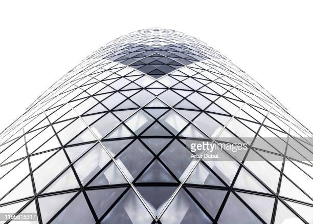 minimal view of the gherkin skyscraper of london. - estrutura construída imagens e fotografias de stock