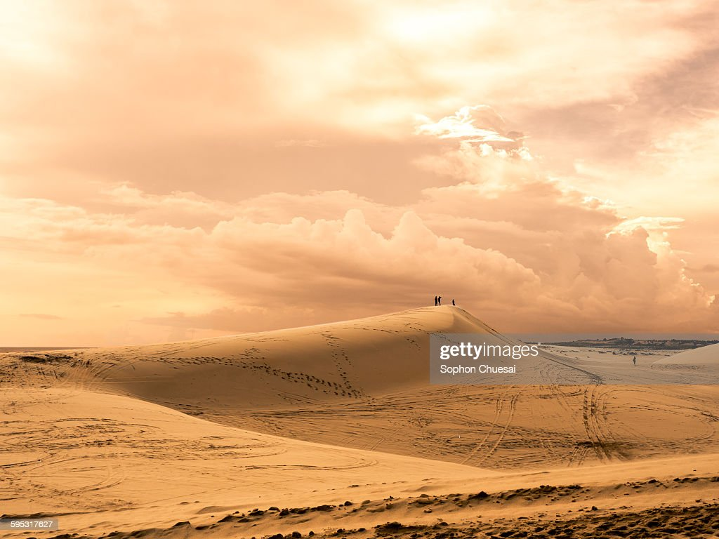 Image of: Morocco Minimalist Travelers In The Desert Stock Photo Getty Images Minimalist Travelers In The Desert Stock Photo Getty Images