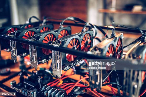 mining rig for cryptocurrency - cryptocurrency mining stock pictures, royalty-free photos & images