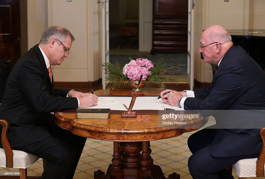 Governor-General Swears-In New Ministry : News Photo