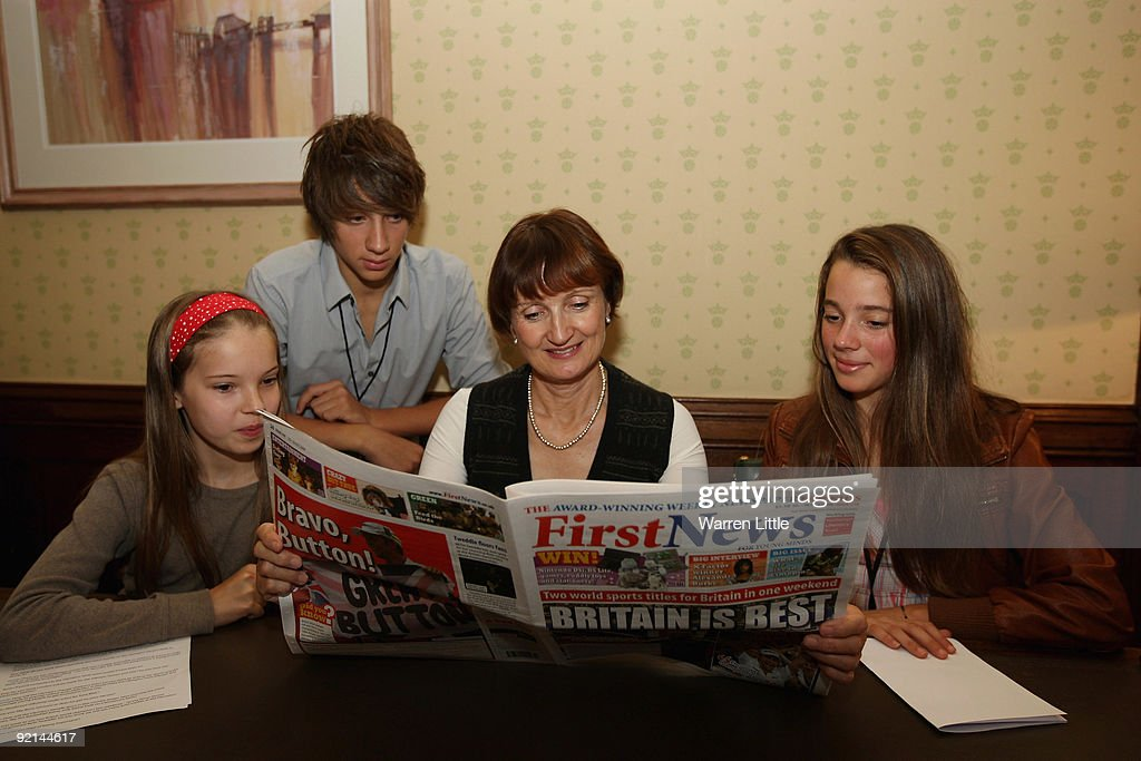 Minister for the Olympics Tessa Jowell meets with three young reporters from First News (L-R) Eve Mason (age 10), Jamie Denning (15) and Bethany Cox (13) at the Houses of Parliament, marking 1,000 days from today until the opening ceremony of the London 2012 Olympic Games, on October 21, 2009 in London, England.