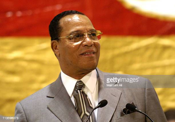 Minister Louis Farrakhan during Minister Louis Farrakhan Speaks The Truth Will Set You Free at Muhammad's Mosque in Los Angeles California United...