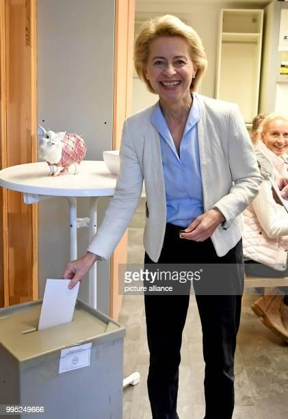 Minister of defence Ursula von der Leyen casts her vote at a polling station in Beinhorn Germany 24 September 2017 Photo Holger Hollemann/dpa