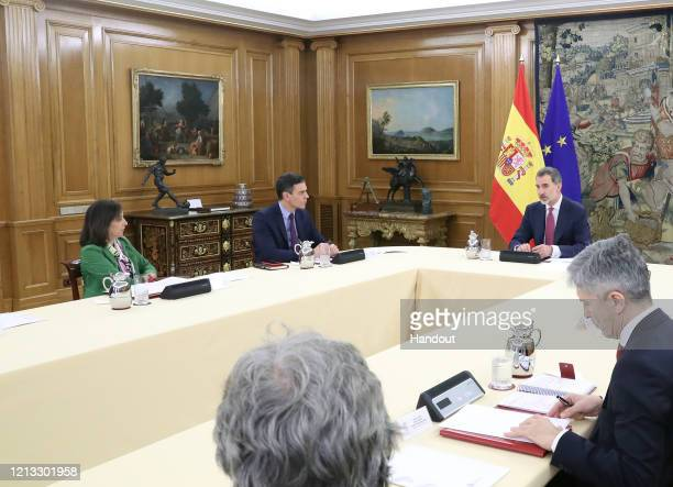 MADRID SPAIN MARCH 18 Minister of Defense Margarita Robles President Pedro Sanchez King Felipe VI of Spain and Minister of Interior Fernando...