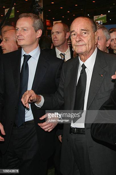 Minister of Food Agriculture and Fishing Bruno Le Maire and former President Jacques Chirac visit the 'salon de l'Agriculture' at Parc des...