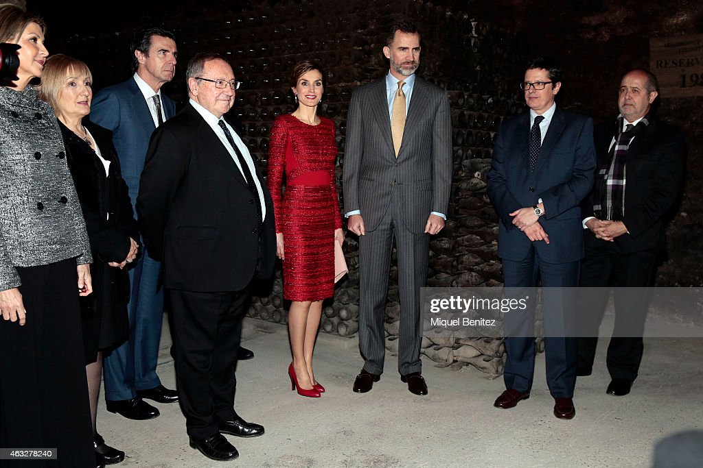 Minister of Industry and development Jose Manuel Soria, honorary president of Spanish winery Freixenet, Jose Luis Bonet, Queen Letizia of Spain and King Felipe VI of Spain during the visit to Freixenet Cellars as a part of the company's centenary celebrationon February 12, 2015 in Sant Sadurni d'Anoia, Spain.