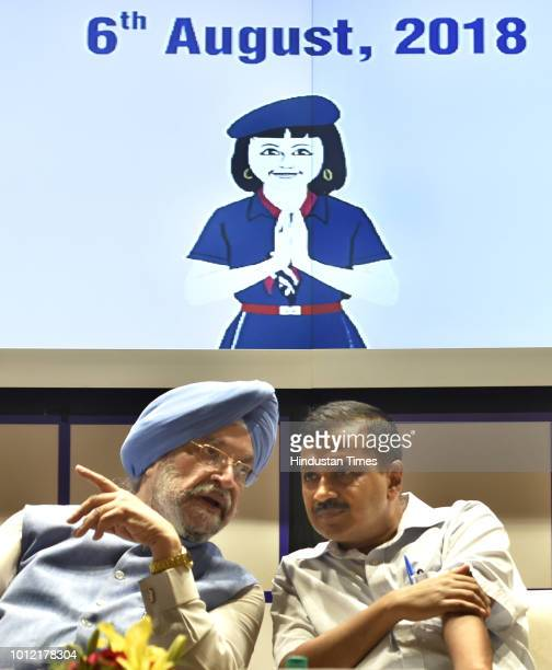 Minister of State for Housing Urban Affairs Hardeep Singh Puri and Delhi Chief Minister Arvind Kejriwal during the inauguration of a section of Pink...