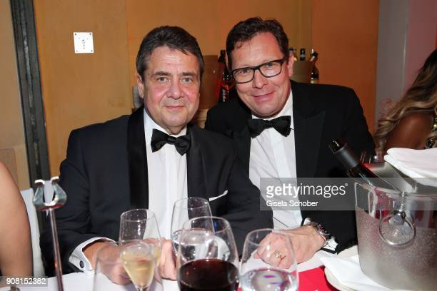 Minister Sigmar Gabriel Editor in chief of Bunte Robert Poelzer during the German Film Ball 2018 party at Hotel Bayerischer Hof on January 20 2018 in...