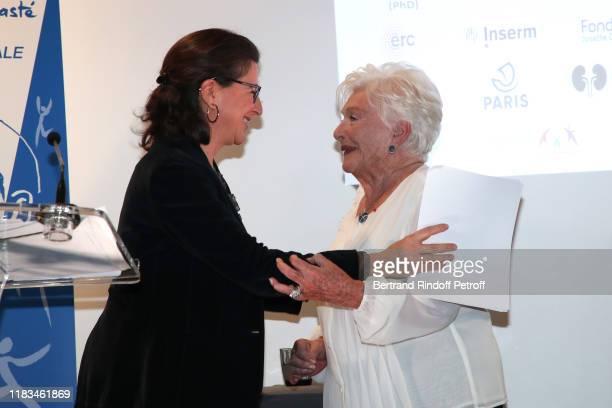 Ministre des Solidarites et de la sante Agnes Buzyn and Line Renaud attend the first Line Renaud Loulou Gaste Award for Medical Research at Maison de...