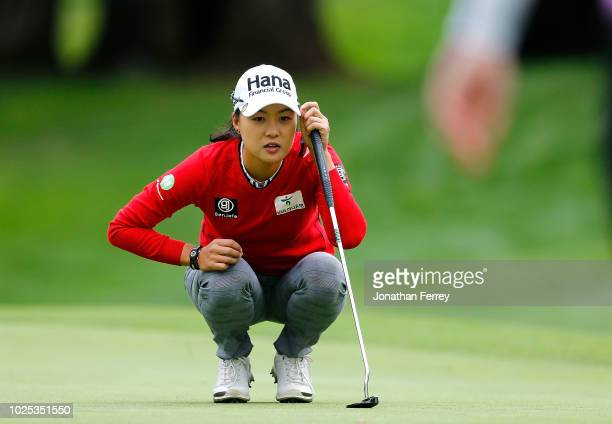 Minjee Lee of Australia lines up a putt on the 1st hole during the first round of the LPGA Cambia Portland Classic at Columbia Edgewater Country Club...