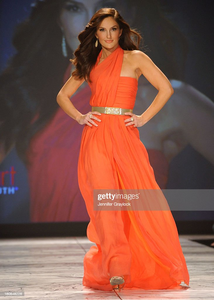 Minka Kelly wearing Oscar de la Renta on the runway during The Heart Truth 2013 Fashion Show held at the Hammerstein Ballroom on February 6, 2013 in New York City.