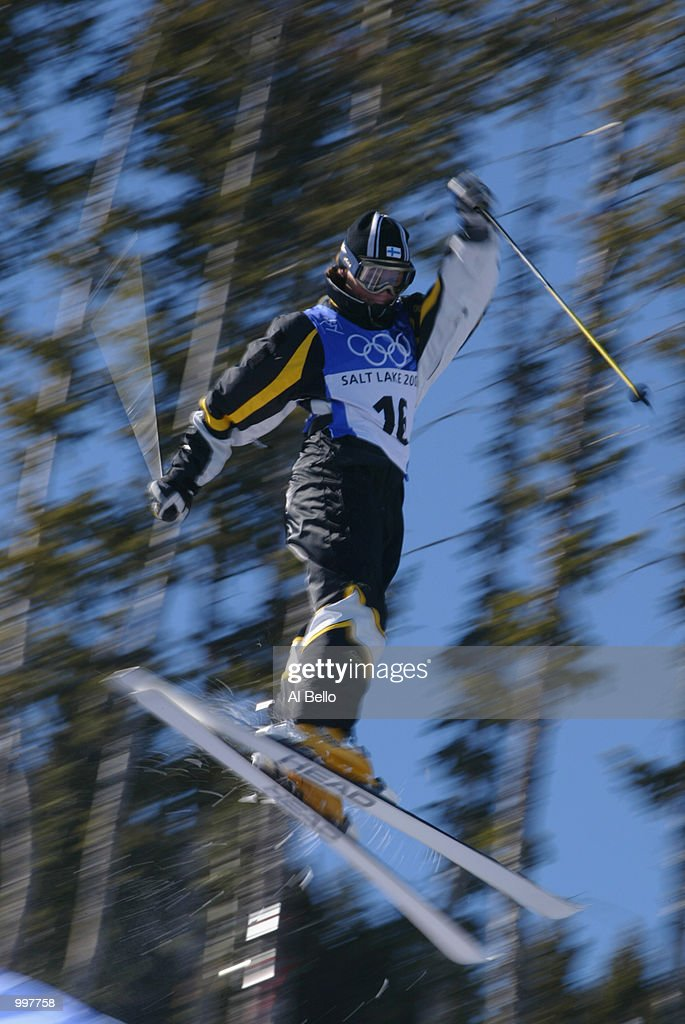 Minna Karhu of Finland in action in the final round of the women's moguls during the Salt Lake City Winter Olympic Games on february 9, 2002 at the Deer Valley Resort in Salt Lake City, Utah.