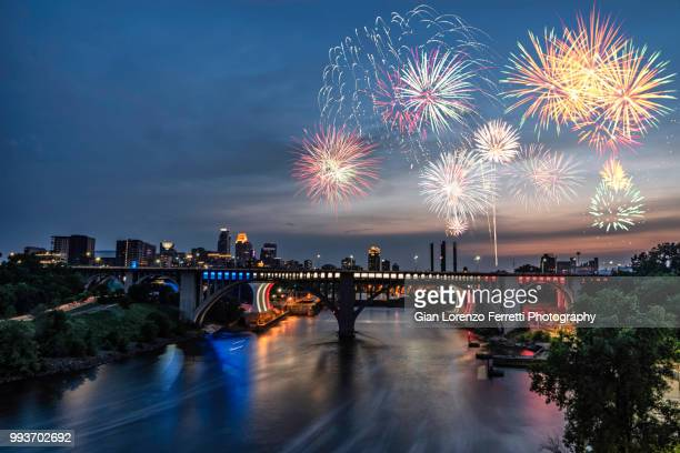 minneapolis - fireworks for the 4th of july - 2018 - fireworks stock pictures, royalty-free photos & images