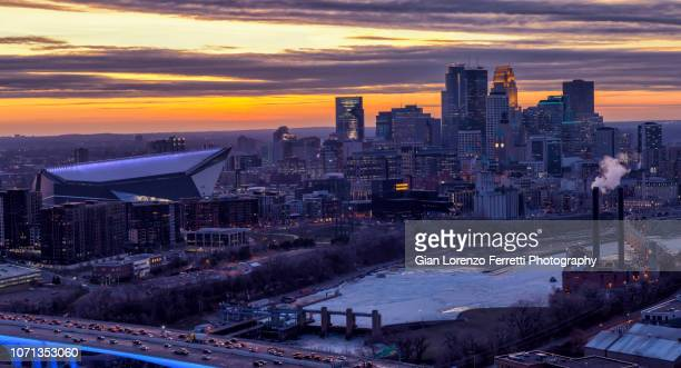 minneapolis skyline at sunset - minneapolis stock pictures, royalty-free photos & images