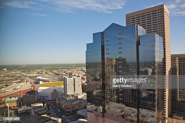 minneapolis skyline with target field, left, home baseball park of minnesota twins, downtown minneapolis, minnesota, midwest, usa - target field minneapolis stock pictures, royalty-free photos & images