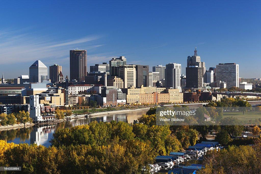 Minneapolis, St. Paul, Minnesota, City View : ストックフォト