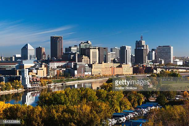 minneapolis, st. paul, minnesota, city view - minnesota foto e immagini stock
