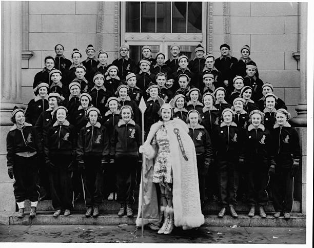 Minnesota Federal Savings and Loan Association 1939 Winter Carnival Unit Reading from left to right First RowJ A Hermann CH Ohm WB Eldredge CJ Letch...