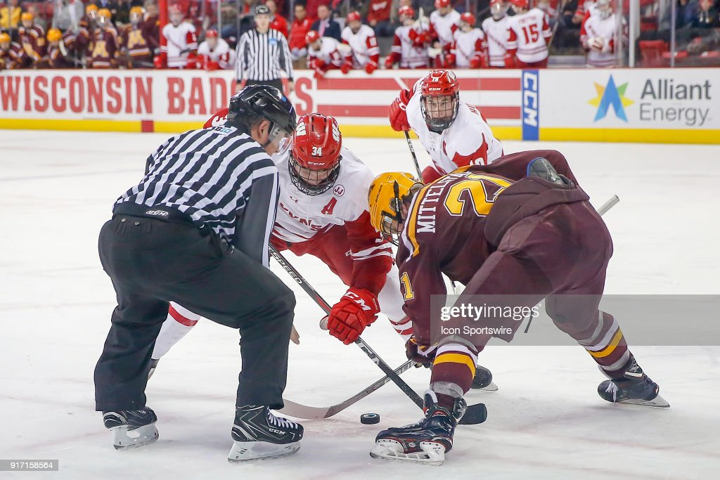 COLLEGE HOCKEY: FEB 10 Minnesota at Wisconsin : News Photo