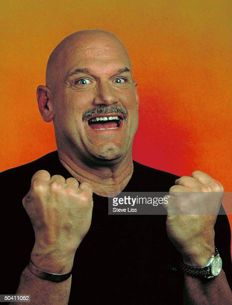 Minnesota Govelect Jesse Ventura former pro wrestler putting up his dukes in smiling portrait