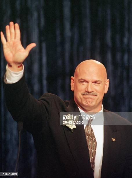 Minnesota Governor Jesse Ventura waves to the crowd after he took the oath of office 04 January in St Paul Ventura became Minnesota's 38th governor...