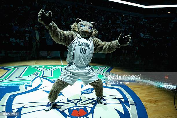 Minnesota Lynx mascot Prowl performs during the WNBA game against the Washington Mystics on May 16 2010 at Target Center in Minneapolis Minnesota The...