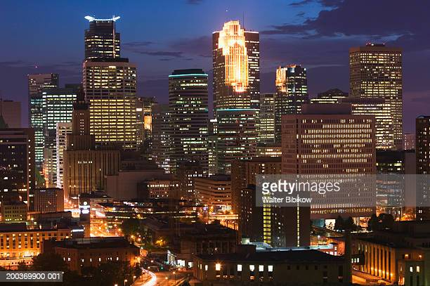 USA, Minnesota, Minneapolis, skyline, night