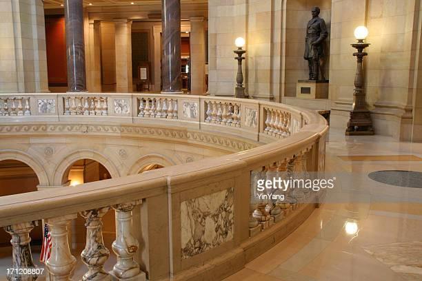 edifício do capitólio de minnesota, edifício governamental varanda interior da legislação, política - senado governo - fotografias e filmes do acervo